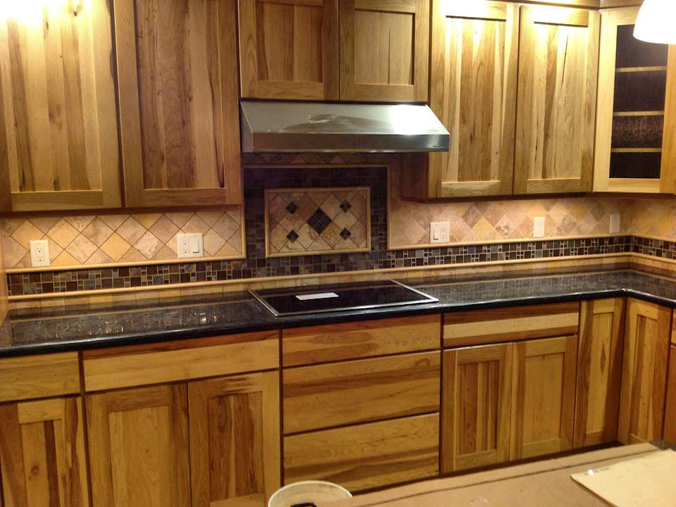 diagonal kitchen backsplash with border